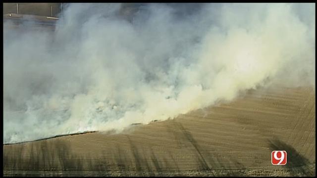WEB EXTRA: Bob Mills SkyNews 9 HD Flies Over Wild Fires Near Shawnee