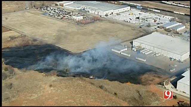 WEB EXTRA: Sky News 9 Flies Over Fire Near Business In SE OKC