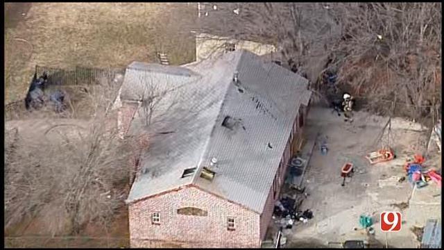 WEB EXTRA: Bob Mills SkyNews 9 HD Flies Over OKC House Fire