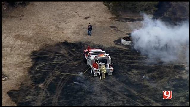 SkyNews 9 Flies Over Small Grass Fire In NE OKC