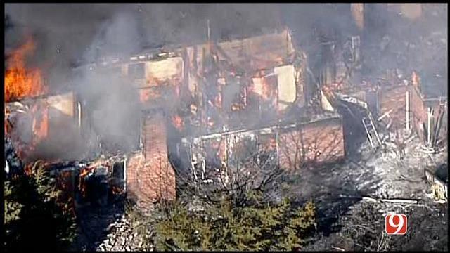 WEB EXTRA: Bob Mills SkyNews 9 HD Flies Over Norman Grass Fire
