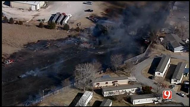 Large Grass Fire Threatens Mobile Home Park In SW OKC