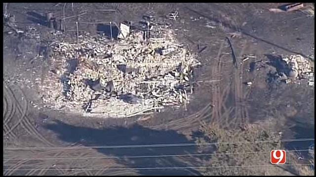 WEB EXTRA: SkyNews 9 Witnesses Grass Fire's Destruction