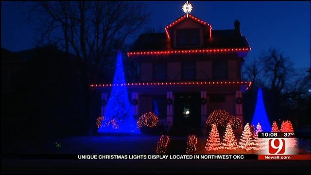 Christmas Light Display At OKC House Goes Viral