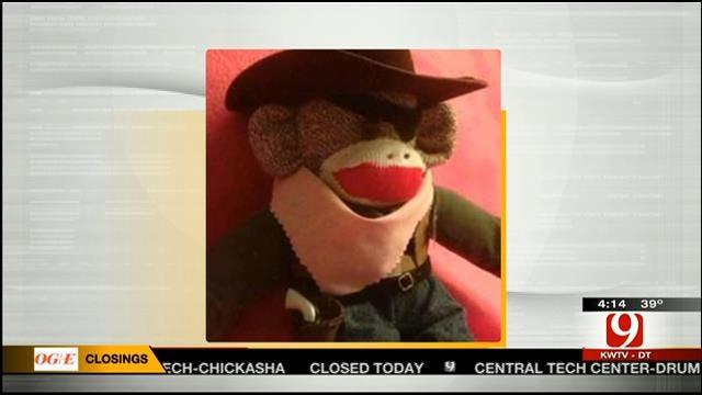 Hot Topics: Sock Monkey's Gun Confiscated