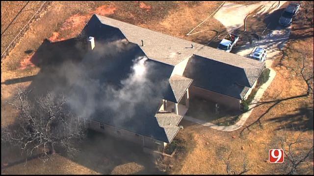 WEB EXTRA: SkyNews 9 Flies Over House Fire In NE OKC