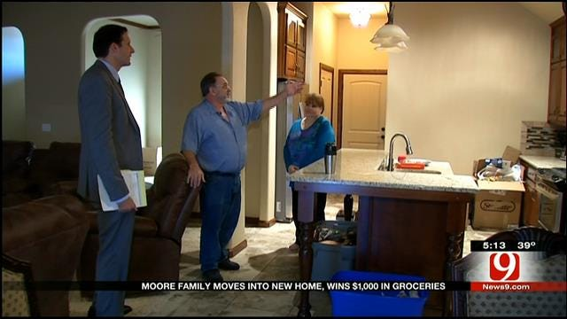 Moore Family That Lost Home Wins Grocery Giveaway