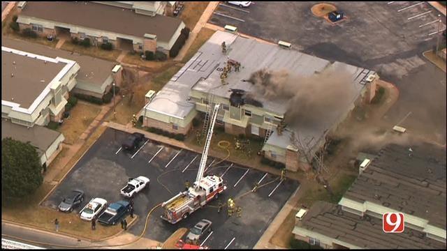 WEB EXTRA: Bob Mills SkyNews 9 HD Flies Over OKC Apartment Fire