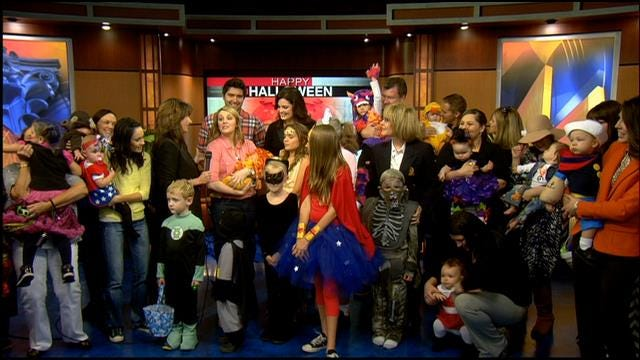 Trick-Or-Treaters Visit News 9 At Four