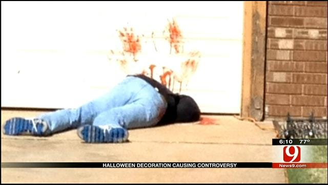Halloween Decorations Scare Up Controversy In Mustang