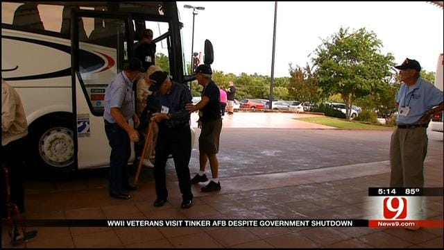 WWII Veterans Defy Government Shutdown, Tour Tinker AFB