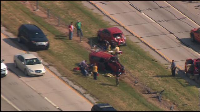 WEB EXTRA: SkyNews 9 Flies Over Rollover On I-40