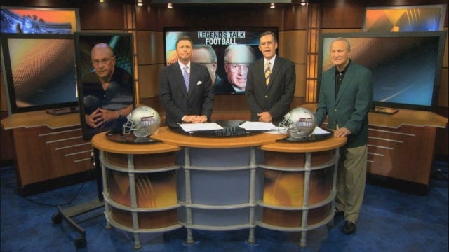 Barry Switzer And Pat Jones Talk Football On The Blitz
