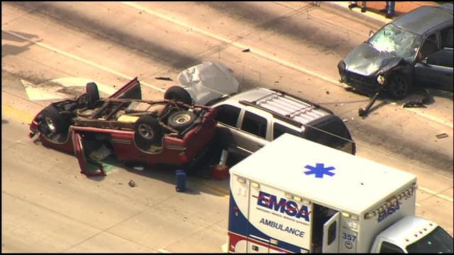 Emergency Crews Respond To Multi-Vehicle Accident In SW OKC