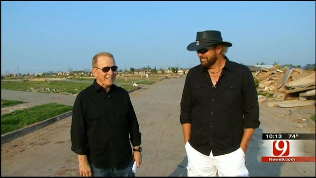 Toby Keith Returns To Moore To Talk Exclusively With Gary England