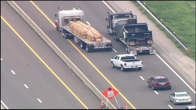 WEB EXTRA: SkyNews 9 Flies Over Accident On Turner Turnpike