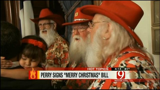 Hot Topics: Gov. Perry Signs 'Merry Christmas' Bill