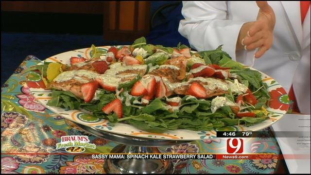 Spinach Kale Strawberry Salad