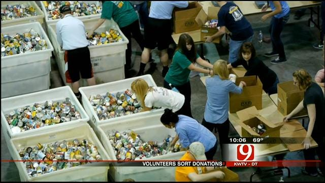 Donations Pour In For Victims Of Massive Oklahoma Tornado