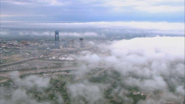 WEB EXTRA: Bob Mills SkyNews 9 HD Flies Over Foggy OKC