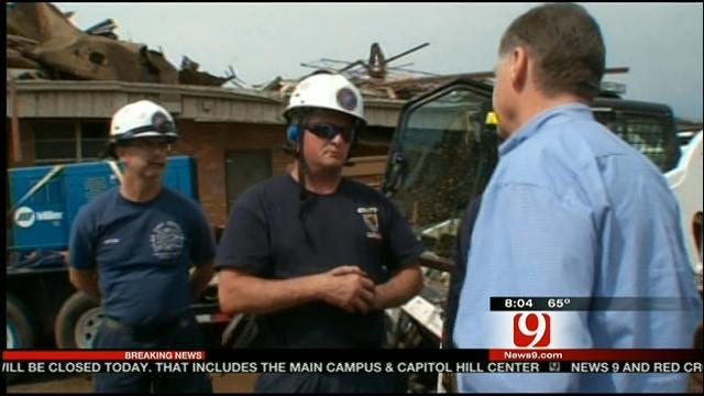 Congressman Tom Cole Tours Tornado Damaged Moore