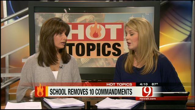 Hot Topics: School Removes 10 Commandments