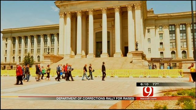 Oklahoma DOC Workers March On Capitol Over Lack Of Pay Raise