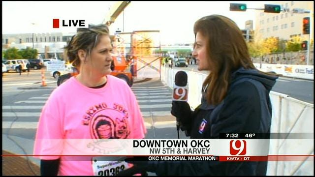 Runners Wear Red Socks To Show Support For Bostom Bombing Victims