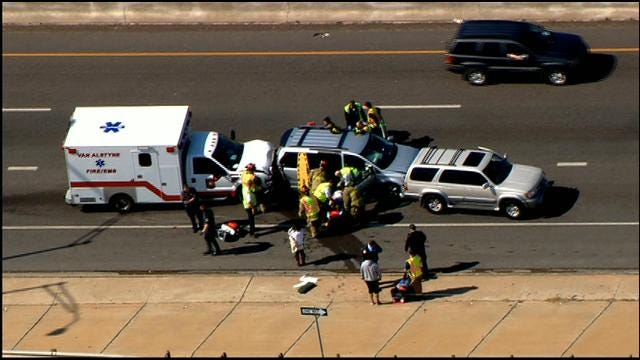WEB EXTRA: SkyNews 9 Flies Over Multi-Vehicle Collision In OKC