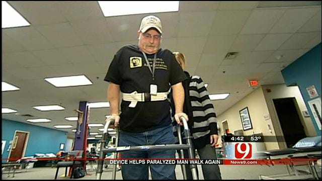 Medical Minute: Device Helps Paralyzed Man Walk Again
