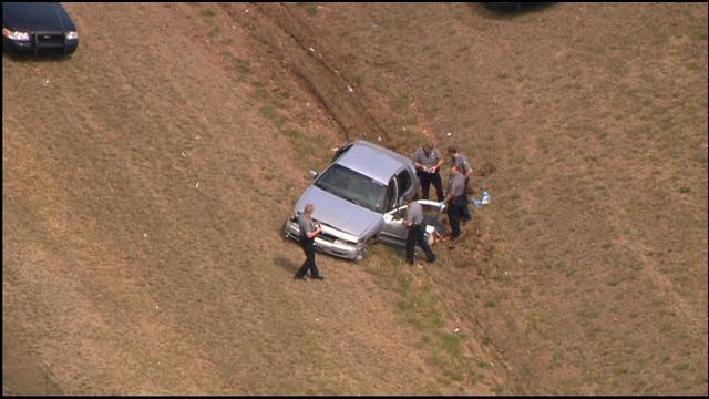WEB EXTRA: Pursuit Ends In Crash In Southwest OKC