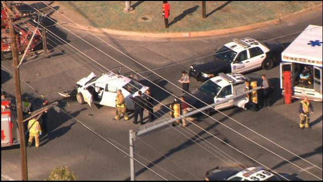WEB EXTRA: Police Chase Ends In Crash, Arrest