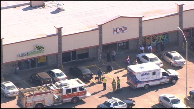WEB EXTRA: Bob Mills SkyNews9 HD Over Scene Of Car Crash Into Salon