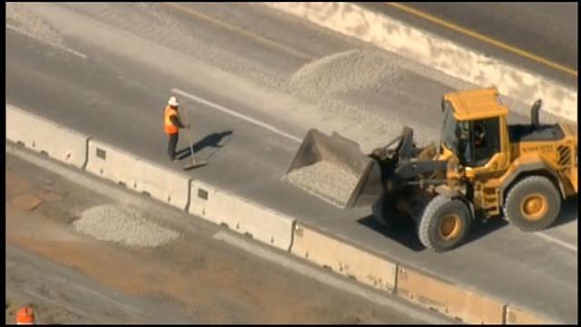 WEB EXTRA: Gravel Spill On I-35