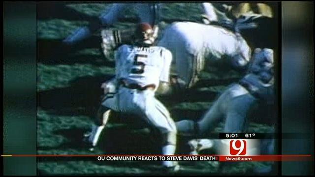 OU Community Mourns Loss Of Former Quarterback Steve Davis In Plane Crash