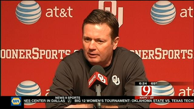 Bob Stoops Talks About OU's Quarterback Battle