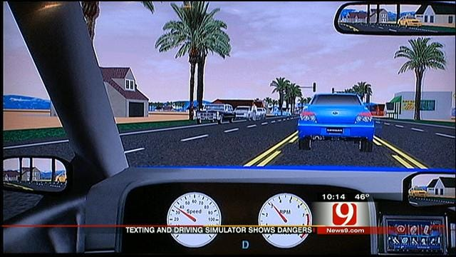 Auto Show Highlights Texting Dangers, Bill To Ban Practice On Life Support