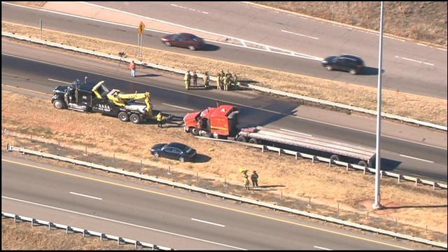 WEB EXTRA: Bob Mills SkyNews9 HD Flies Over Accident On I-35