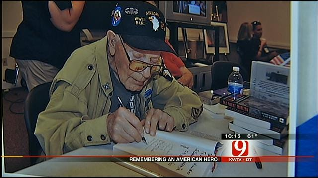 Hundreds Gather To Honor Passing Of Oklahoma War Hero