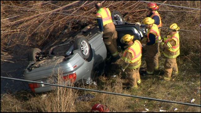 SkyNews 9 Flies Over Rollover Accident In Midwest City