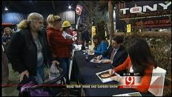News 9 Anchors Meet And Greet At Home And Garden Show
