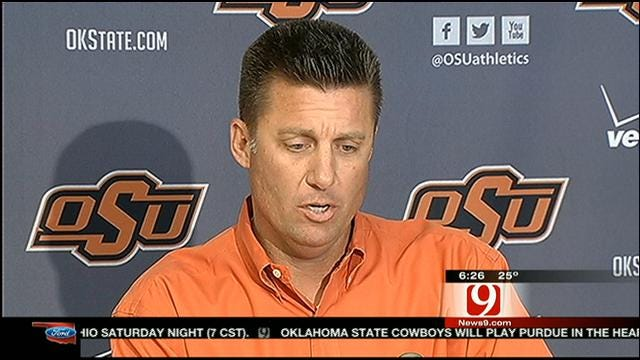 Mike Gundy Not Worried About Play-Calling Duty