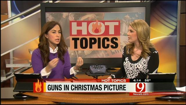 Hot Topics: Guns In Christmas Pictures