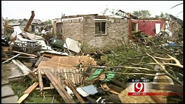 News 9 Visits Texas Town Ravaged By Tornado