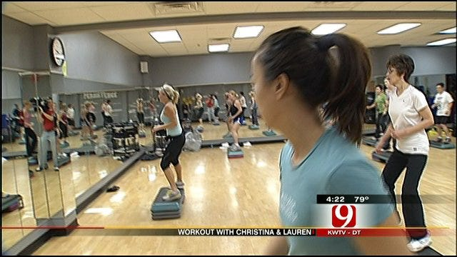 Workout with Christina And Lauren: Motivation To Work Out