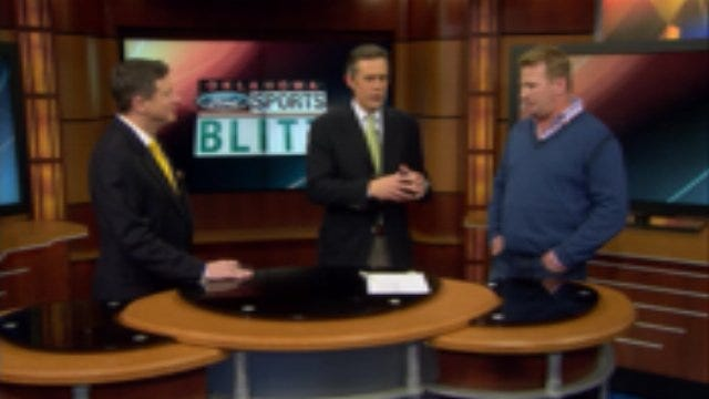 Exclusive: Mike Stoops In Studio For The Blitz