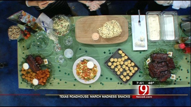 Texas Roadhouse Demonstrates Perfect March Madness Snacks