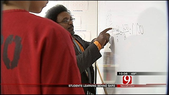 Teachers Instruct Jailed Students