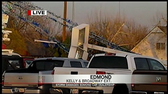 Severe Thunderstorm Causes Damage In Central Oklahoma