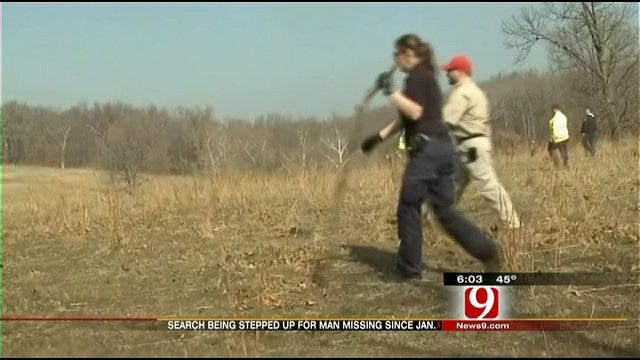 Oklahoma Authorities Help Search For Missing Arkansas Man
